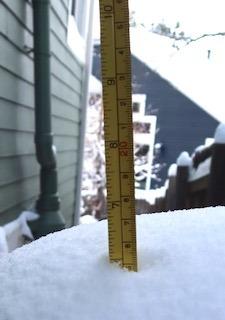 snow_depth_6in_15cm_2021-02_9199_320p.jpg