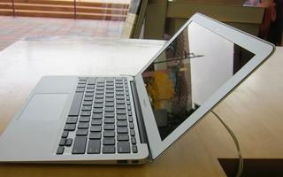 macbook_air_2010-10-23_3.jpg
